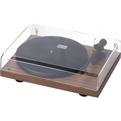 Debut RecordMaster + Ortofon OM 10